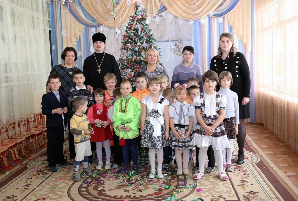 Рождественский утренник в МДОУ детский сад № 9 «Дружба» (село Черкизово) 15 января 2016 года