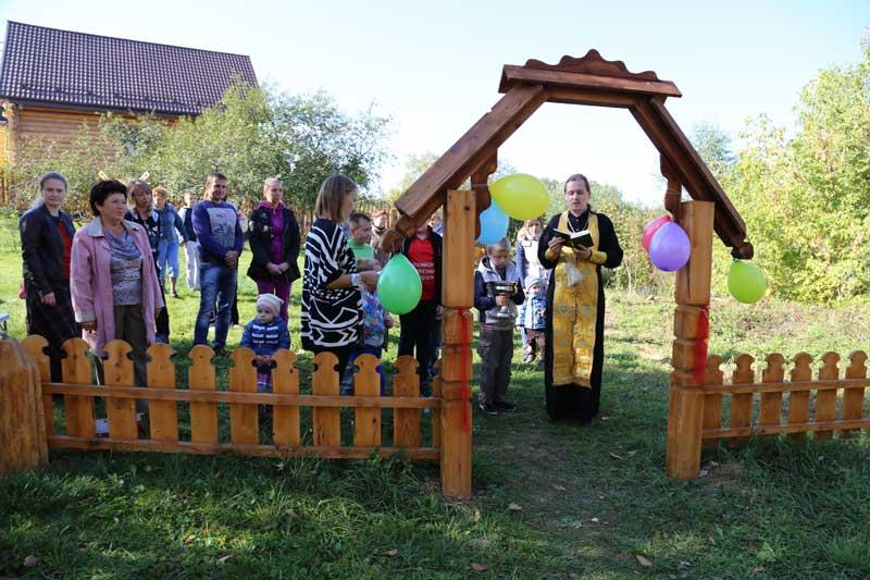 Открытие новой детской игровой площадки в селе Никульское 21 сентября 2014 года
