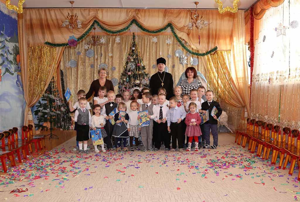 Святочный праздник в МДОУ детский сад № 4 «Малинка» (село Шеметово) 21 января 2016 года