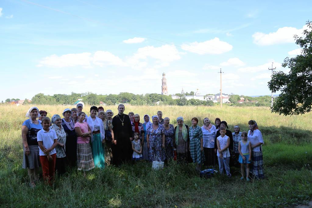 Паломничество прихожан Покровского храма села Никульское в Иоанно-Богословский монастырь 6 августа 2016 года