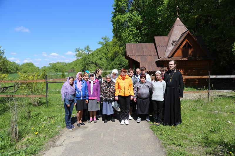 Паломническая поездка воспитанников Черкизовского психоневрологического интерната 20 мая 2015 года