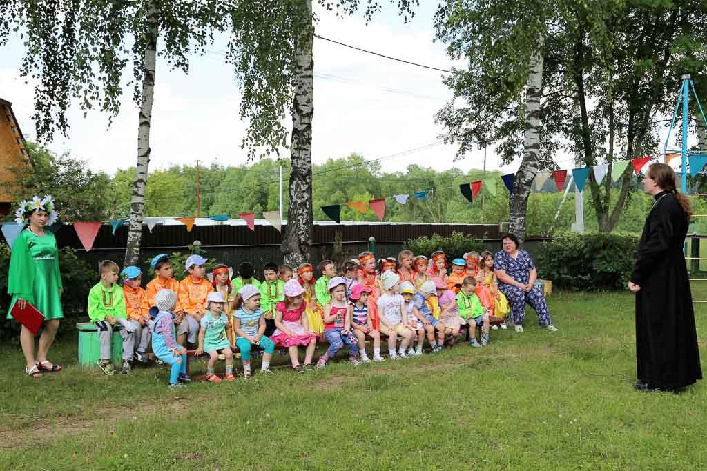 Праздник Святой Троицы в МДОУ детский сад № 9 «Дружба» (село Черкизово) 20 июня 2016 года